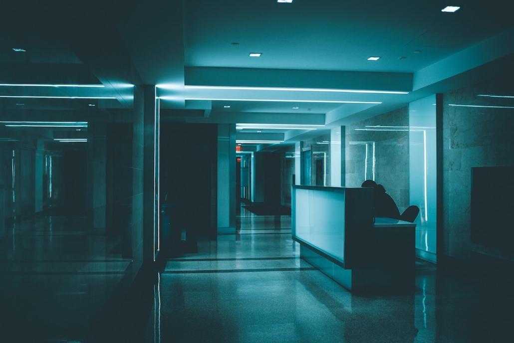 Oficina y coronavirus: hay que desarrollar nuevos protocolos de higiene tanto para los espacios de trabajo como para los trabajadores.