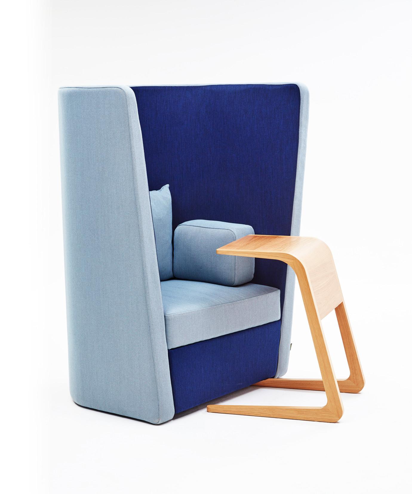 1-Silla-Lounge-Busby-Hero-1380