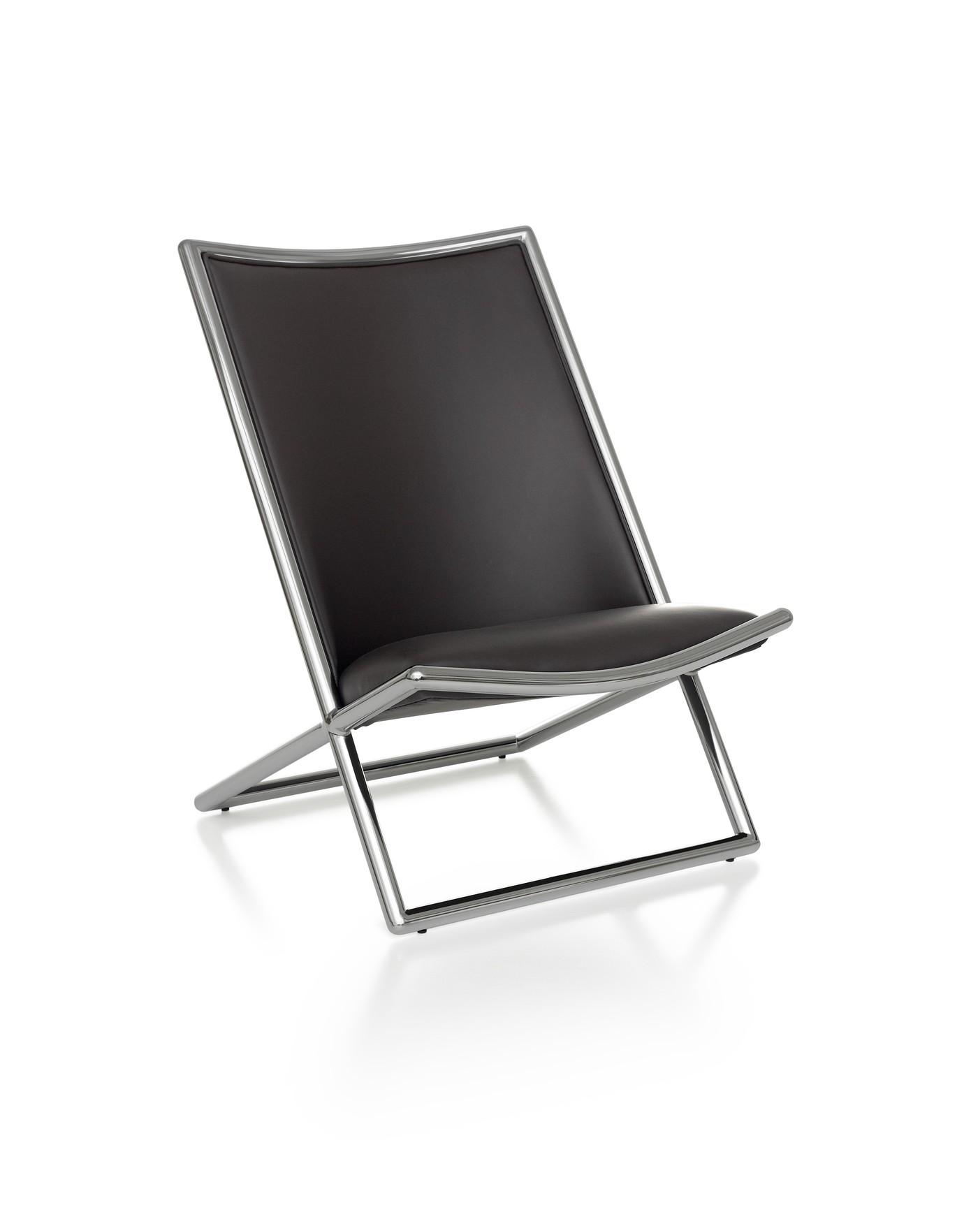 1-Silla-Lounge-Scissor-Hero-1380