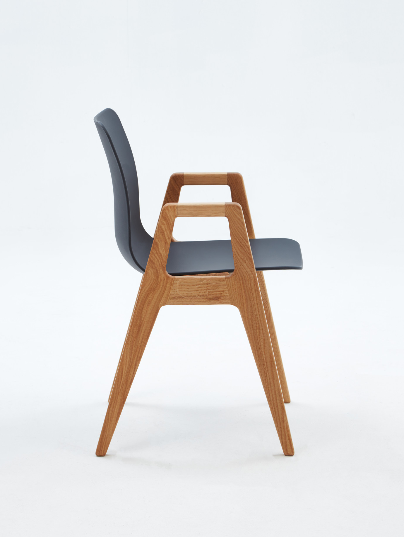 4-Silla-Multiuso-Polly-Wood-Lateral-1380