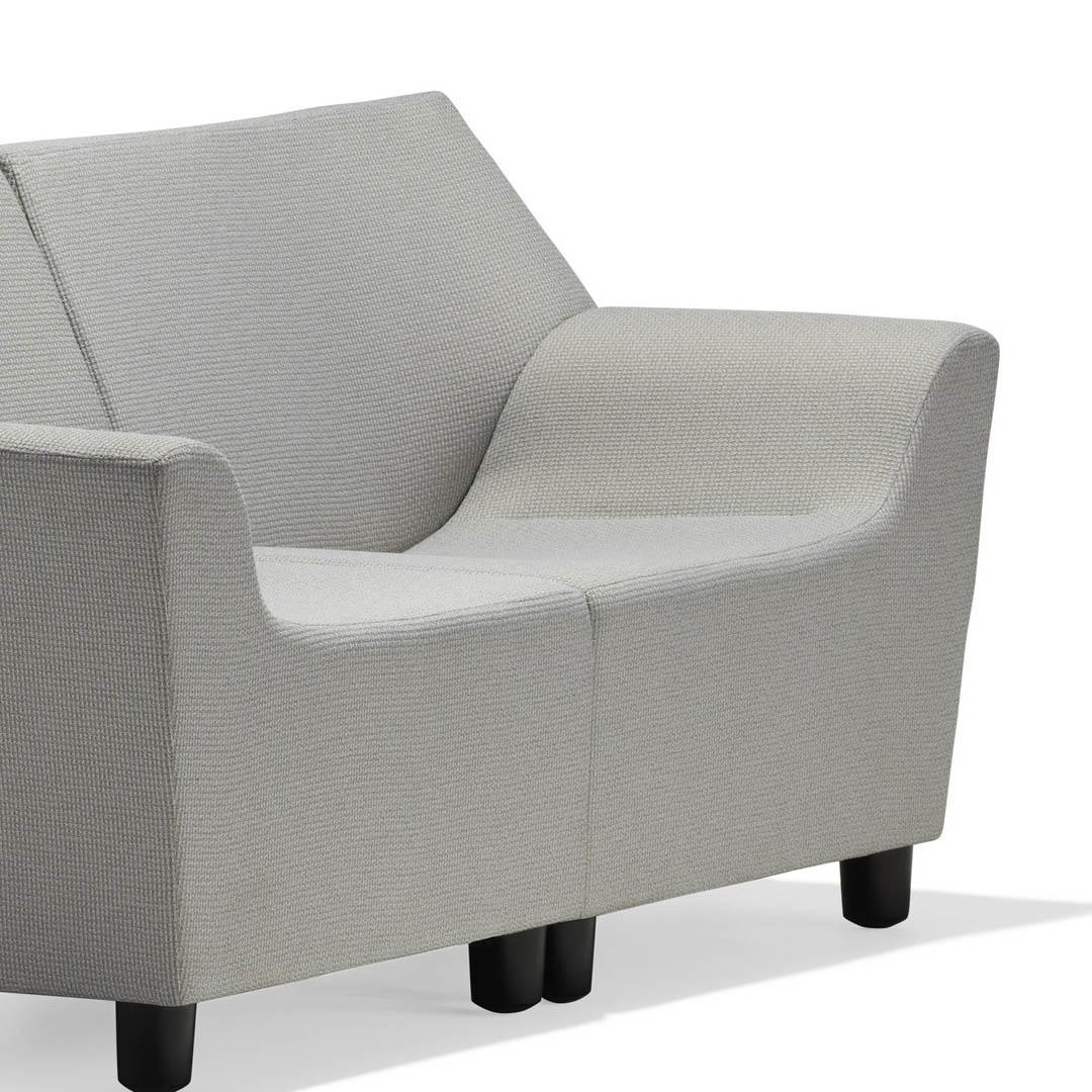 5-Silla-Lounge-Swoop-Flexibilidad-REF-1920