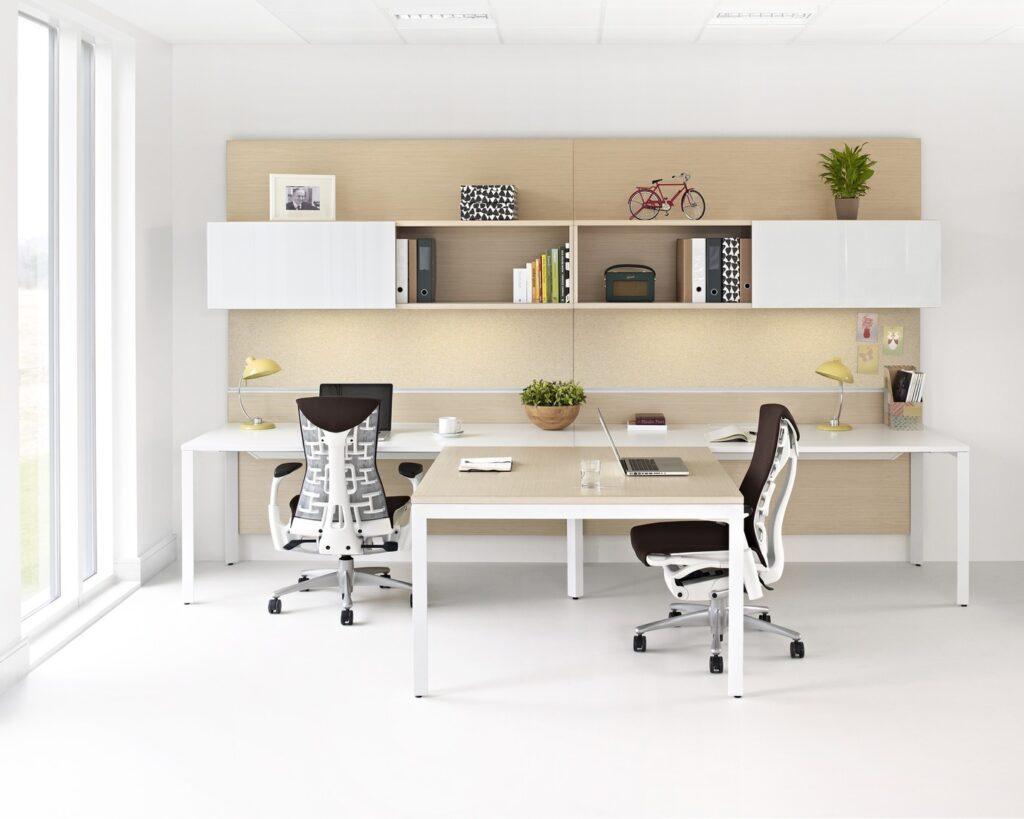 La mejor silla de oficina permite regular todos los elementos.