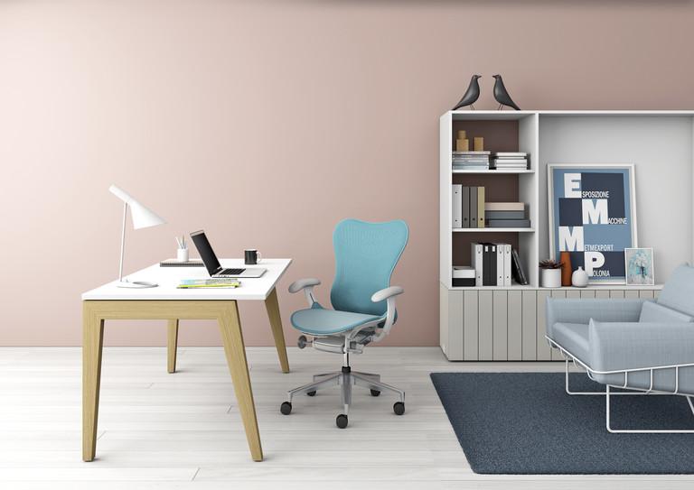 La silla Mirra de Herman Miller acercó la economía en el mobiliario de oficina a un nuevo público